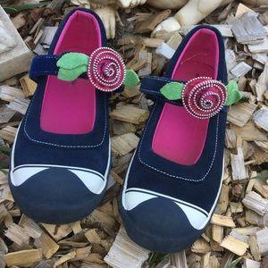 Morgan & Milo Blue Leather Slip-On Shoes Size 2